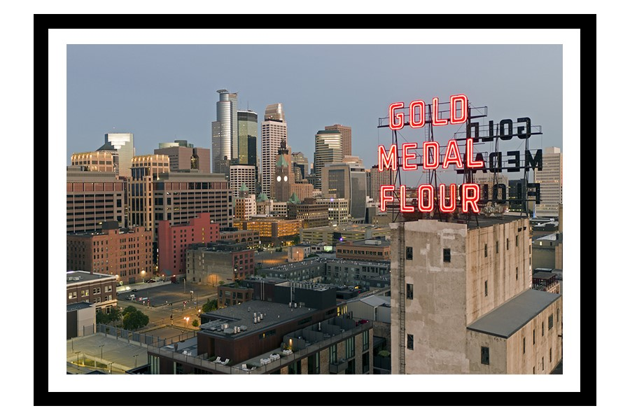 Gold Medal Flour sign and Minneapolis skyline
